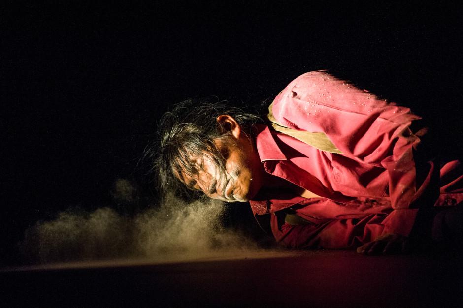 """Teatro de los Andes """"En un sol amarillo"""" César Brie. Pepe h fotógrafo escénico"""